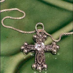 "925 Sterling Silver 18"" Chain & Cross Pendant"